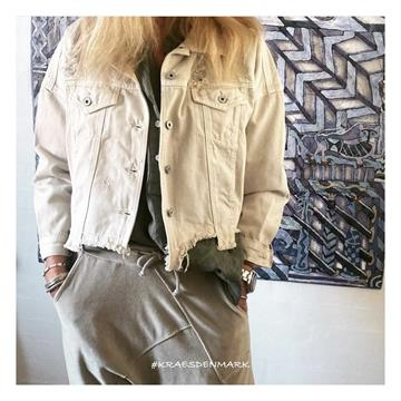 Sandy Rough Ripped Jacket Beige